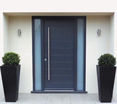 grey front doorc1000xContemporary-timber-front-door-Kloeber-Funkyfront